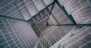 staircase-962784_640